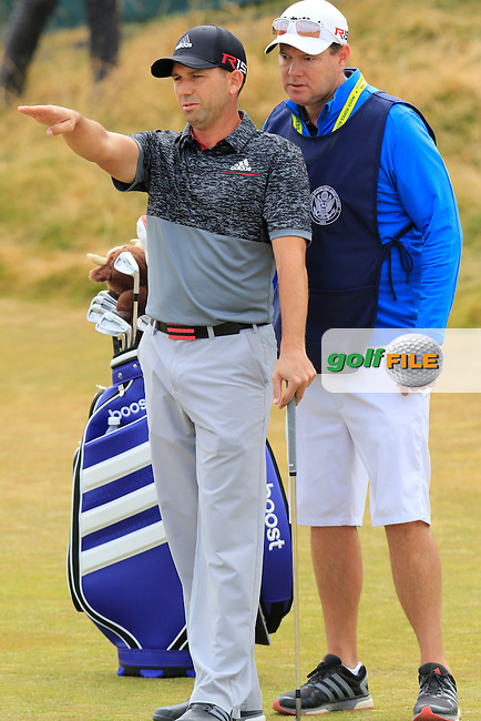Sergio Garcia (ESP) and caddy Glen Murray at the 17th green during Thursday's Round 1 of the 2015 U.S. Open 115th National Championship held at Chambers Bay, Seattle, Washington, USA. 6/18/2015.<br /> Picture: Golffile | Eoin Clarke<br /> <br /> <br /> <br /> <br /> All photo usage must carry mandatory copyright credit (&copy; Golffile | Eoin Clarke)