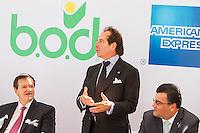Miami, Florida Mayo 21, 2014: Bod y Amex firman nuevo acuerdo
