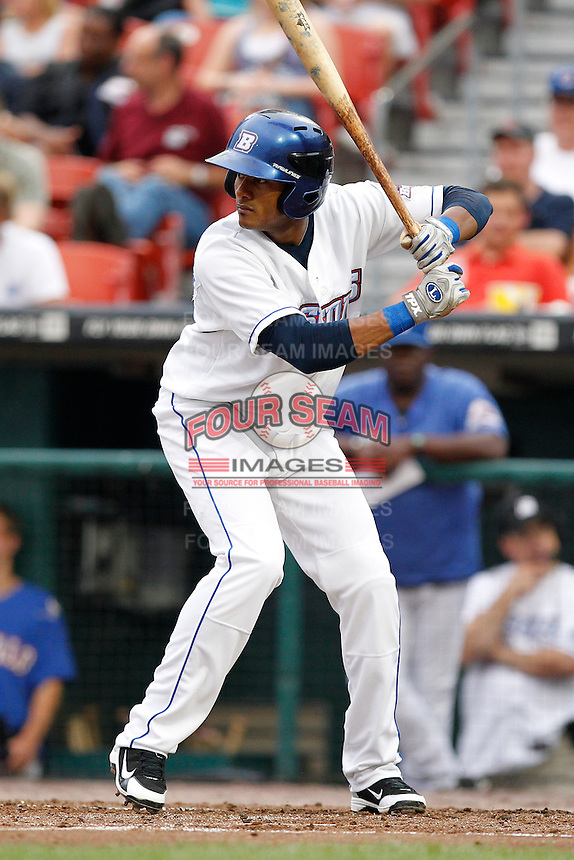 Buffalo Bisons shortstop Jordany Valdespin #4 during a game against the Syracuse Chiefs at Coca-Cola Field on September 1, 2011 in Buffalo, New York.  Syracuse defeated Buffalo 6-2.  (Mike Janes/Four Seam Images)