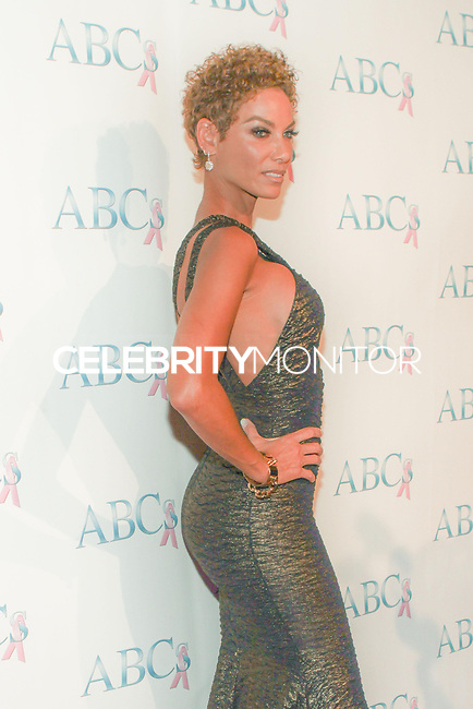 BEVERLY HILLS, CA, USA - NOVEMBER 22: Nicole Mitchell Murphy arrives at the Associates For Breast And Prostate Cancer Studios 25th Annual Talk Of The Town Black Tie Gala held at The Beverly Hilton Hotel on November 22, 2014 in Beverly Hills, California, United States. (Photo by Rudy Torres/Celebrity Monitor)