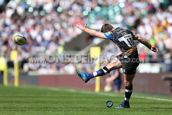 George Ford of Bath Rugby kicks for the posts. The Clash, Aviva Premiership match, between Bath Rugby and Leicester Tigers on April 8, 2017 at Twickenham Stadium in London, England. Photo by: Rogan Thomson / JMP for Onside Images