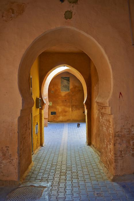 Moorish Arabesque arches and undergrround walkways of the Medina. A UNESCO World Heritage Site .Meknes, Meknes-Tafilalet, Morocco.