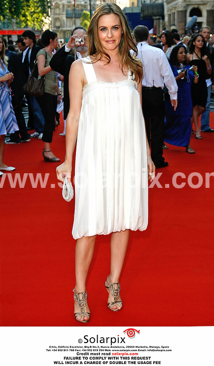 """ALL ROUND PICTURES FROM SOLARPIX.COM. .17/07/06. London..Alicia Silverstone arrives for the premiere of """"Stormbreaker"""" at the Vue, Leicester Square. London. Job Ref: 2592/PRS.  .MUST CREDIT SOLARPIX OR DOUBLE USAGE FEE CHARGED.."""