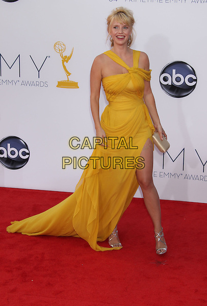 Kelli Garner.The 64th Annual Primetime Emmy Awards - Arrivals, held at Nokia Theatre L.A. Live in Los Angeles, California, USA..September 23rd, 2012.emmys full length dress clutch bag yellow gold slit split .CAP/ADM/RE.©Russ Elliot/AdMedia/Capital Pictures.