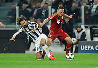FUSSBALL  CHAMPIONS LEAGUE  VIERTELFINALE  RUECKSPIEL  2012/2013      Juventus Turin - FC Bayern Muenchen        10.04.2013 Andrea Pirlo (li, Juventus Turin) gegen Franck Ribery (re, FC Bayern Muenchen)