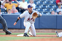 Binghamton Mets Third Baseman Jose Coronado (8) during a game vs. the Akron Aeros at Eastwood Field in Akron, Ohio;  June 25, 2010.   Binghamton defeated Akron 5-3.  Photo By Mike Janes/Four Seam Images