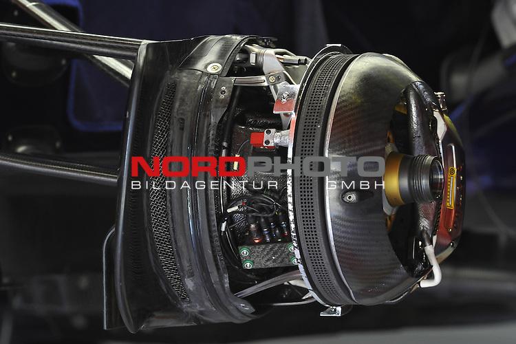 07.05 - 09.05.2015, Circuit de Catalunya, Barcelona, ESP, Formel 1, 2015,  im Bild  Torro Rosso STR10 - front breack <br />  Foto &copy; nph / Mathis