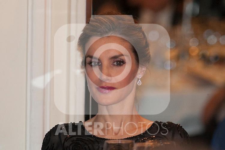 Queen Letizia of Spain attends the XXXI Francisco Cerecedo journalism awards ar Ritz hotel in Madrid, Spain. November 05, 2014. (ALTERPHOTOS/Victor Blanco)