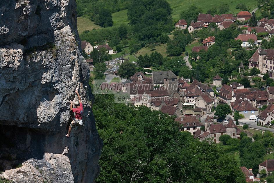 Europe/Europe/France/Midi-Pyrénées/46/Lot/Autoire: Escalade dans les falaises du Cirque d'Autoire - Plus Beaux Villages de France