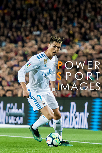 Cristiano Ronaldo of Real Madrid in action during the La Liga 2017-18 match between FC Barcelona and Real Madrid at Camp Nou on May 06 2018 in Barcelona, Spain. Photo by Vicens Gimenez / Power Sport Images