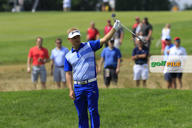 Soren Kjeldsen (DEN) chips onto the 10th green and almost holes it during Friday's Round 1 of the 2016 U.S. Open Championship held at Oakmont Country Club, Oakmont, Pittsburgh, Pennsylvania, United States of America. 17th June 2016.<br /> Picture: Eoin Clarke | Golffile<br /> <br /> <br /> All photos usage must carry mandatory copyright credit (&copy; Golffile | Eoin Clarke)