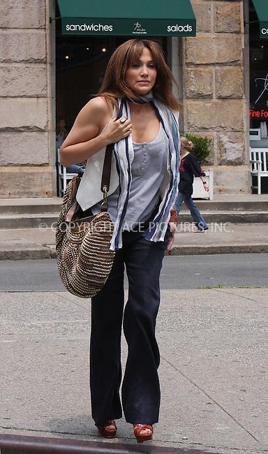 WWW.ACEPIXS.COM . . . . .  ....July 16 2009, New York City....Actress Jennifer Lopez on the set of the new movie 'The Back-up Plan' in downtown Manhattan on July 16 2009 in New York City....Please byline: AJ Sokalner - ACEPIXS.COM..... *** ***..Ace Pictures, Inc:  ..tel: (212) 243 8787..e-mail: info@acepixs.com..web: http://www.acepixs.com