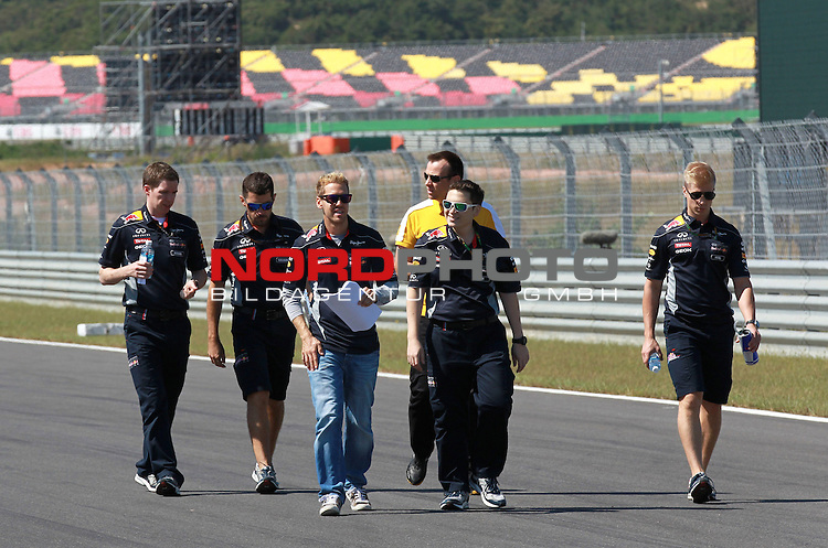 03.06.10.2013, Korea-International-Circuit, Yeongam, KOR, F1, Gro&szlig;er Preis von S&uuml;dkorea, Yeongam, im Bild Sebastian Vettel (GER), Red Bull Racing <br /> for Austria &amp; Germany Media usage only!<br />  Foto &copy; nph / Mathis