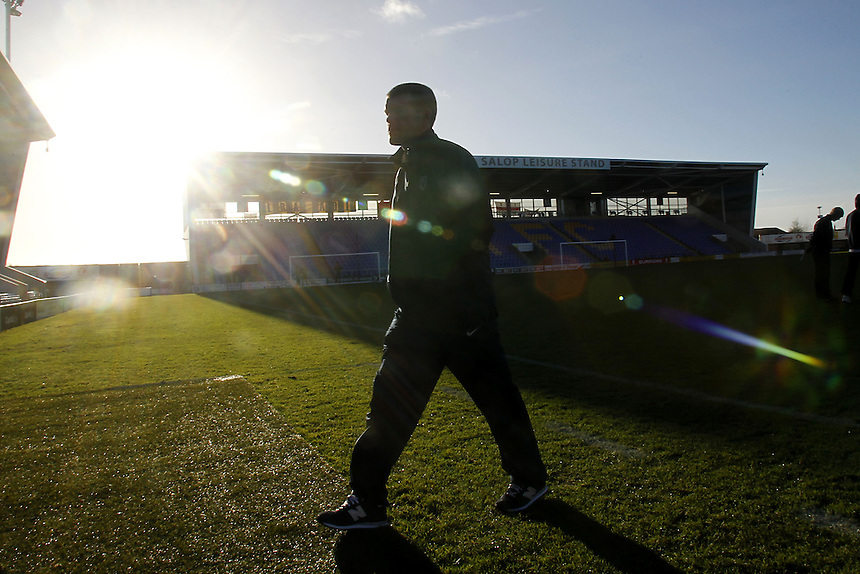 Preston North End's players examine the pitch<br /><br />Photo by Mick Walker/CameraSport<br /><br />Football - The Football League Sky Bet League One - Shrewsbury Town v Preston North End - Sunday 29th December 2013 - Greenhous Meadow - Shrewsbury<br /><br />&copy; CameraSport - 43 Linden Ave. Countesthorpe. Leicester. England. LE8 5PG - Tel: +44 (0) 116 277 4147 - admin@camerasport.com - www.camerasport.com