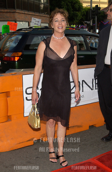 Actress KATHLEEN QUINLAN at the Los Angeles premiere of Simone..13AUG2002.  © Paul Smith / Featureflash