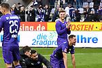 09.11.2019, Stadion an der Bremer Brücke, Osnabrück, GER, 2. FBL, VfL Osnabrueck vs. VfB Stuttgart<br /> <br /> ,DFL REGULATIONS PROHIBIT ANY USE OF PHOTOGRAPHS AS IMAGE SEQUENCES AND/OR QUASI-VIDEO, <br />   <br /> im Bild<br /> David Blacha (VfL Osnabrück #23), Aktion / Einzelbild /Gestik / Geste / gestikuliert /<br /> <br /> <br /> Foto © nordphoto / Paetzel