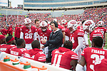 Wisconsin Badgers defensive coordinator Jim Leonhard talks to his players during an NCAA College Football Big Ten Conference game against the Purdue Boilermakers Saturday, October 14, 2017, in Madison, Wis. The Badgers won 17-9. (Photo by David Stluka)