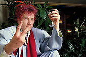 1987: PUBLIC IMAGE LIMITED - John Lydon photosession in Paris France