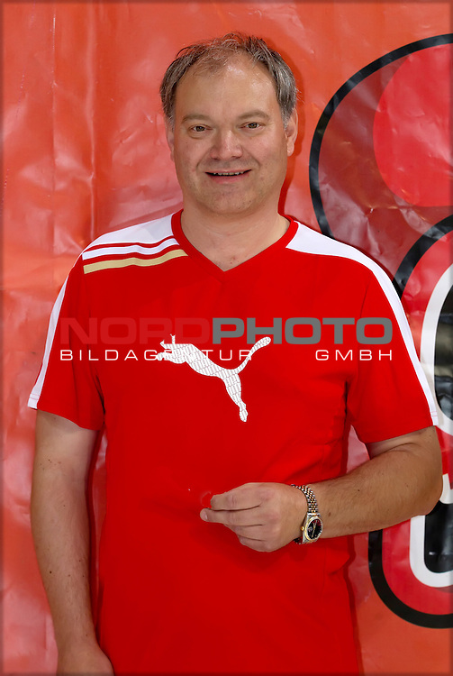 01.08.2012, TUI Arena, Hannover, Spielerpraesentation Hannover Scorpions, im Bild Uwe Pauli (Betreuer, Hannover Scorpions)<br /> <br /> // Soccer Players Hannover Scorpions, TUI Arena, Hannover, Germany, on 2012/08/01<br /> Foto &copy; nph / Sielski *** Local Caption ***