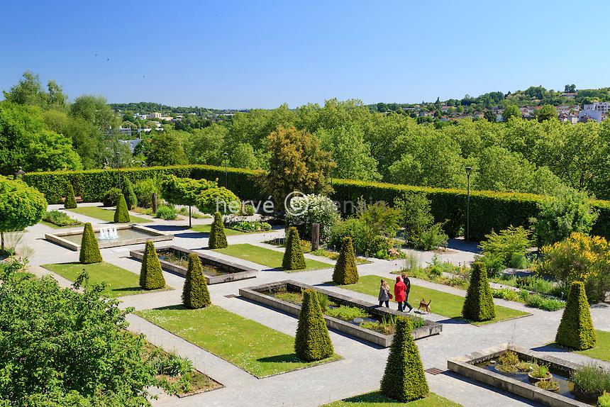 France, Haute-Vienne (87), Limoges, jardins de l'Évêché // France, Haute Vienne, Limoges, the Jardin botanique de l'Eveche (Botanical Garden of the Bishopric)
