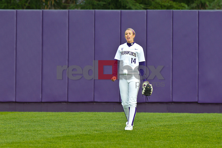 Jenna Clifton..--------Washington Huskies softball team versus Seattle University at UW on Saturday, March 10, 2012. (Photo by Dan DeLong/Red Box Pictures)
