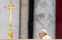 Papa Francesco celebra una messa per l'apertura ufficiale del Giubileo della Misericordia, in Piazza San Pietro, Citta' del Vaticano, 8 dicembre 2015.<br /> Pope Francis celebrates a mass to officially open the Jubilee of Mercy, in St. Peter's Square at the Vatican, December 8, 2015.<br /> UPDATE IMAGES PRESS/Isabella Bonotto<br /> <br /> STRICTLY ONLY FOR EDITORIAL USE
