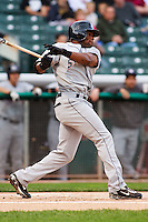 June 17, 2009:  Eric Young Jr. of the Colorado Sky Sox, Pacific Cost League Triple A affiliate of the Colorado Rockies, during a game at the Spring Mobile Ballpark in Salt Lake City, UT.  Photo by:  Matthew Sauk/Four Seam Images