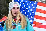 10.03.2018, Ofterschwanger Horn, Ofterschwang, GER, Slalom Weltcup in Ofterschwang, im Bild Mikaela Shiffrin (USA, #4) mit US Flagge<br /> <br /> Foto &copy; nordphoto / Hafner