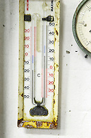thermometer domaine gerard neumeyer alsace france