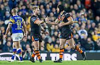 Picture by Allan McKenzie/SWpix.com - 23/03/2018 - Rugby League - Betfred Super League - Leeds Rhinos v Castleford Tigers - Elland Road, Leeds, England - Castleford's Luke Gale is congratulated by Paul McShane on kicking a drop goal.