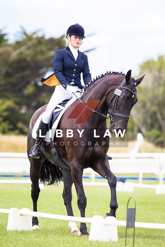 NZL-Tessa Van Bruggen (FORTUNATO) 1ST-Farmlands Hawera Young Rider Level 4 4D: 2015 NZL-SAMSUNG/GTL Networks NZ Pony and Young Rider Championships (Thursday 15 January) CREDIT: Libby Law COPYRIGHT: LIBBY LAW PHOTOGRAPHY