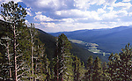 Kawuneeche Valley from Farview Curve, Rocky Mountain National Park, Colorado, USA