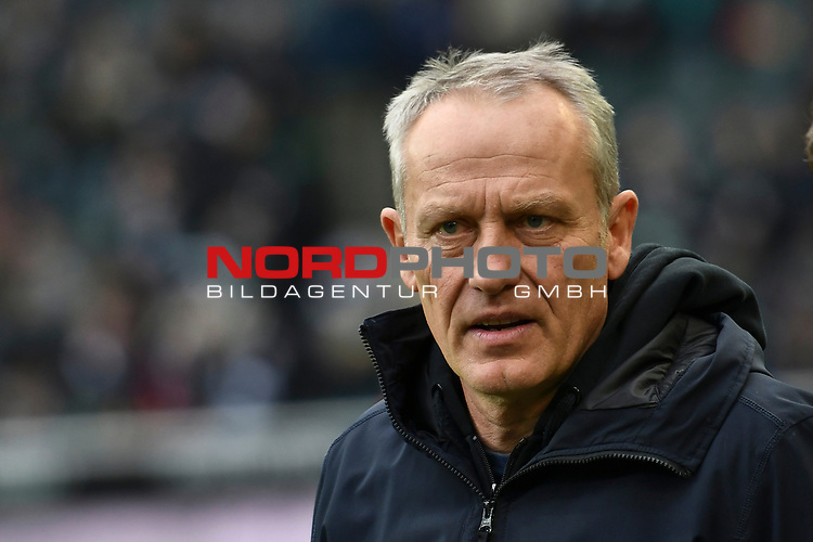 01.12.2019, Borussia-Park - Stadion, Moenchengladbach, GER, DFL, 1. BL, Borussia Moenchengladbach vs. SC Freiburg, DFL regulations prohibit any use of photographs as image sequences and/or quasi-video<br /> <br /> im Bild Christian Streich (SC Freiburg) Portrait, Halbportrait, Bild, Einzel, Einzelaufnahme, picture, single, solo, alleine <br /> <br /> Foto © nordphoto/Mauelshagen