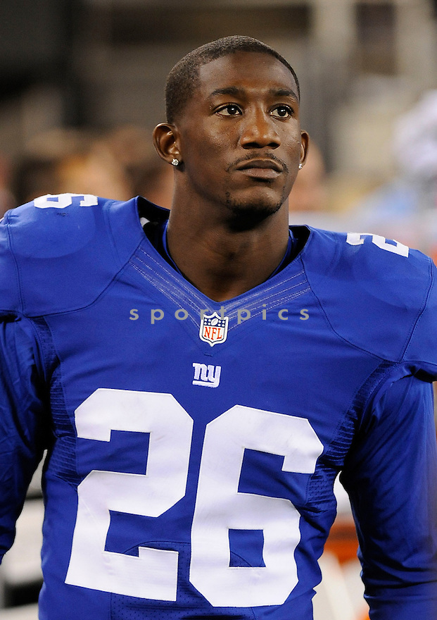 ANTREL ROLLE (26) of the New York Giants, in action during the Giants preseason game against the New England Patriots on August 29, 2012 at MetLife Stadium in East Rutherford, NJ. The Giants beat the Patriots 6-3.