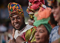 CALI - COLOMBIA. 14-08-2019: Un asistente posa durante el primer día del XXIII Festival de Música del Pacífico Petronio Alvarez 2019 el festival cultural afro más importante de Latinoamérica y se lleva acabo entre el 14 y el 19 de agosto de 2019 en la ciudad de Cali. / An assistant poses during the XXII Pacific Music Festival Petronio Alvarez 2019 that is the most important afro descendant cultural festival of Latin America and takes place between August 14 and 19, 2019, in Cali city. Photo: VizzorImage/ Gabriel Aponte / Staff
