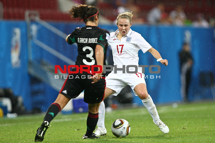 17.07.2010,  Augsburg, GER, FIFA U20 Womens Worldcup, England vs Mexico,  im Bild Garciamendez Alina (Mexico Nr.3) und Isobel Christiansen (England Nr.17) , Foto: nph /  Straubmeier