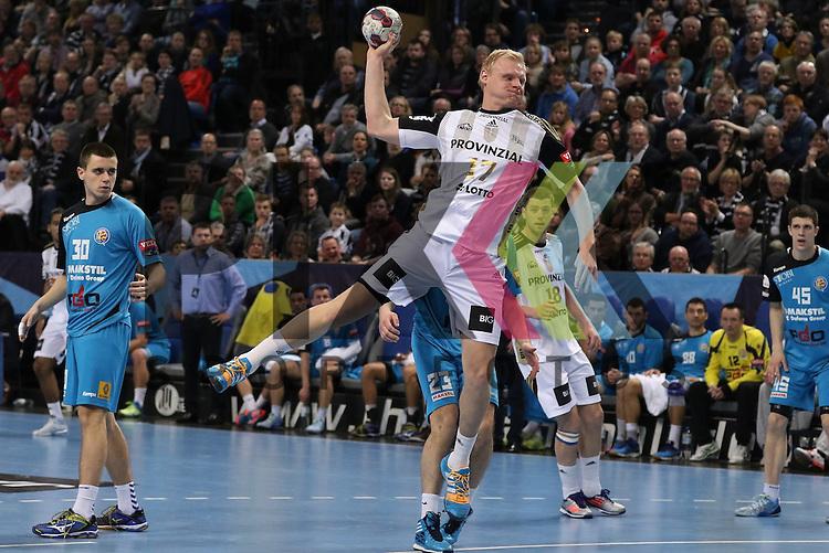 Kiel, 15.02.15, Sport, Handball, Champions League, Gruppenphase, THW Kiel - HC Metalurg Skopje : Patrick Wiencek (THW Kiel, #17)<br /> <br /> Foto &copy; P-I-X.org *** Foto ist honorarpflichtig! *** Auf Anfrage in hoeherer Qualitaet/Aufloesung. Belegexemplar erbeten. Veroeffentlichung ausschliesslich fuer journalistisch-publizistische Zwecke. For editorial use only.