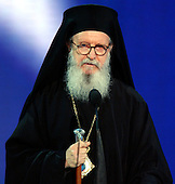 New York, NY - September 1, 2004 --  Archbishop Demetrios, Primate of the Greek Orthodox Church of America, New York, New York, delivers the Invocation at the 2004 Republican Convention in Madison Square Garden in New York, New York on Wednesday, September 1, 2004..Credit: Ron Sachs / CNP.(RESTRICTION: No New York Metro or other Newspapers within a 75 mile radius of New York City)