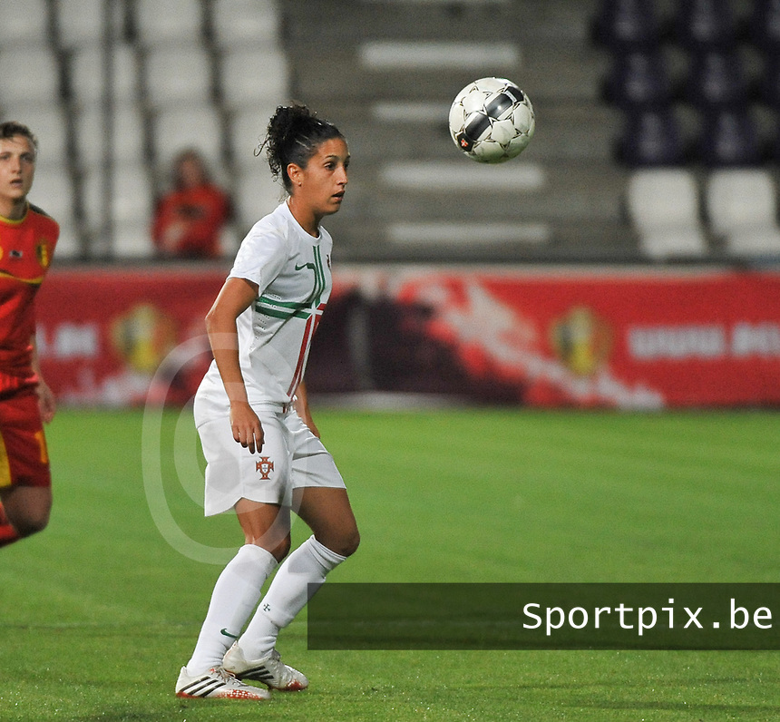 20131031 - ANTWERPEN , BELGIUM : Portugese Claudia Neto pictured during the female soccer match between Belgium and Portugal , on the fourth matchday in group 5 of the UEFA qualifying round to the FIFA Women World Cup in Canada 2015 at Het Kiel stadium , Antwerp . Thursday 31st October 2013. PHOTO DAVID CATRY
