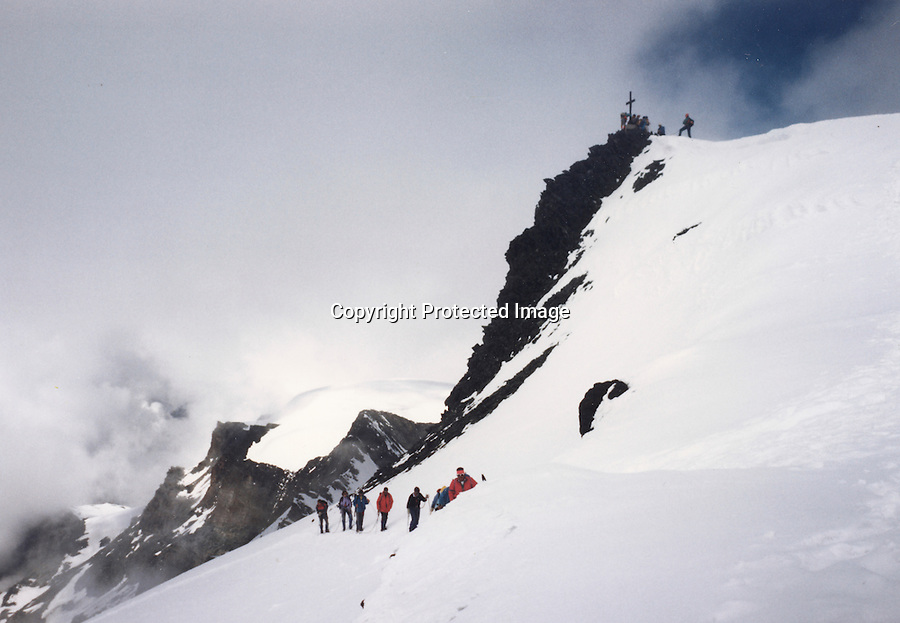 Swiss Alps, summits, Sass Fe, over 3,000 meters, snow shoes,