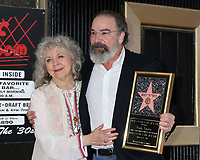 LOS ANGELES - FEB 12:  Kathryn Grody, Mandy Patinkin at the Mandy Patinkin Star Ceremony on the Hollywood Walk of Fame on February 12, 2018 in Los Angeles, CA