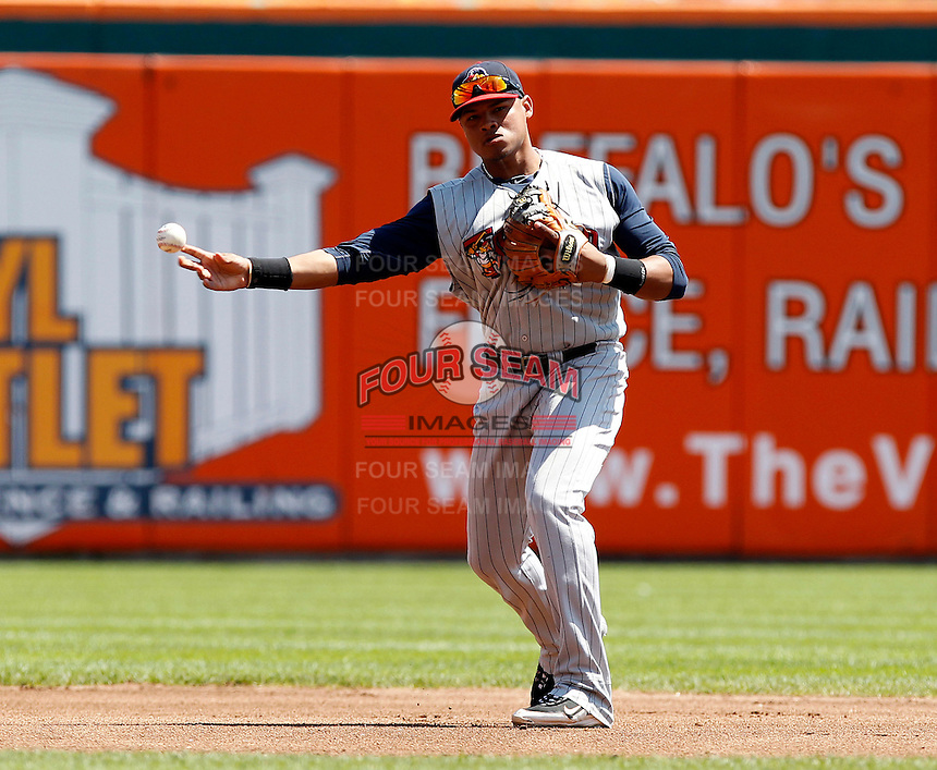 Toledo Mudhens shortstop Argenis Diaz #11 during a game against the Buffalo Bisons at Coca-Cola Field on August 17, 2011 in Buffalo, New York.  Buffalo defeated Toledo 4-2.  (Mike Janes/Four Seam Images)