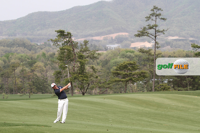 Damien McGrane (IRL) on the 9th on Day 4 of the Ballantines Championship 2012 at Blackstone Golf Course, Icheon, Korea...(Photo Jenny Matthews/www.golffile.ie)
