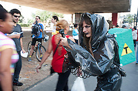 SÃO PAULO, SP, 23.05.2015 - PROTESTO-SP - Grupo de ativistas durante ato contra o uso de agrotóxicos e produtos transgênicos da Monsanto, nos alimentos do dia-adia no vão do MASP,  avenida Paulista, nesse sábado 23. ( Foto: Gabriel Soares/ Brazil Photo Press)