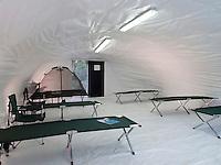 Concrete Canvas Shelter: Interior