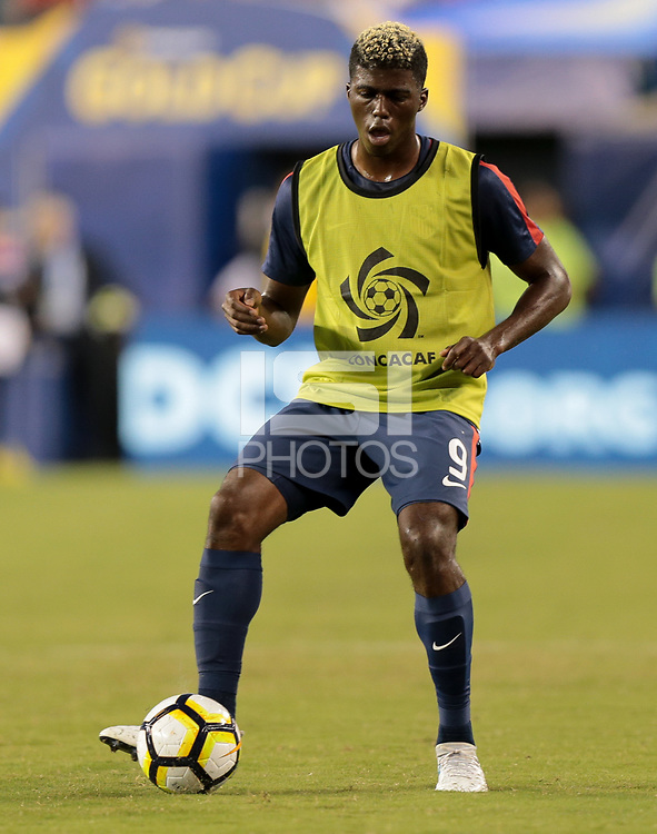 Philadelphia, PA - Wednesday July 19, 2017: Gyasi Zardes during a 2017 Gold Cup match between the men's national teams of the United States (USA) and El Salvador (SLV) at Lincoln Financial Field.