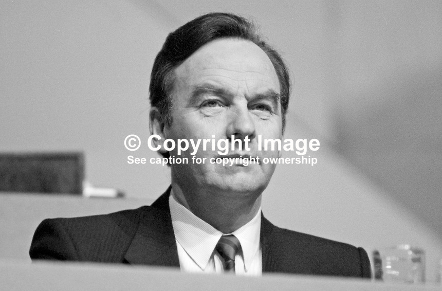 Michael Woods, TD, Fianna Fail, Minister for Social Welfare, Rep of Ireland, platform, Ard Fheis, 19880203MW1.<br />