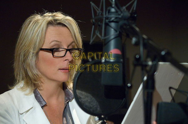 JENNIFER SAUNDERS.on the set of Coraline.*Filmstill - Editorial Use Only*.CAP/FB.Supplied by Capital Pictures.