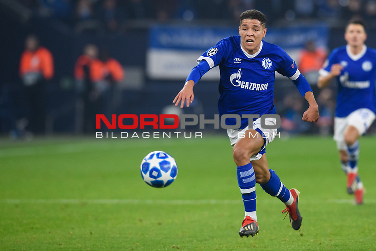 11.12.2018, VELTINS Arena, Gelsenkirchen, Deutschland, GER, UEFA Champions League, Gruppenphase, Gruppe D, FC Schalke 04 vs. FC Lokomotiv Moskva / Moskau<br /> <br /> DFL REGULATIONS PROHIBIT ANY USE OF PHOTOGRAPHS AS IMAGE SEQUENCES AND/OR QUASI-VIDEO.<br /> <br /> im Bild Amine Harit (#25 Schalke)<br /> <br /> Foto © nordphoto / Kurth