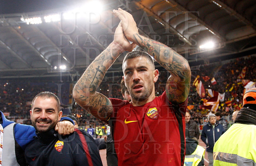 Roma s Aleksandar Kolarov greets fans at the end of the Italian Serie A football match between Roma and Lazio at Rome's Olympic stadium, 18 November 2017. Roma won 2-1.<br /> UPDATE IMAGES PRESS/Riccardo De Luca